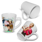 Illustrations 12oz coniques en plastique en gros promotionnelles de Customed sur des tasses