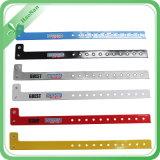 Wristbands variopinti del vinile di modo del regalo promozionale su ordinazione della fabbrica