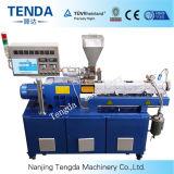 쌍둥이 나사 압출기를 CO 자전하는 Tsh-20 세륨 PVC/PP/PE에 의하여 재생되는 플라스틱 과립