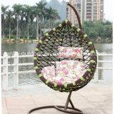 새로운 디자인 발코니 대를 가진 큰 둥근 등나무 그네 의자
