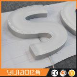 Laser della fabbrica di Yijiao che taglia alfabeto acrilico