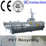 Fiocchi residui della plastica che granulano riciclando la macchina dell'espulsione/la riga di pelletizzazione