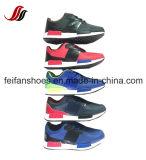Zapatos al por mayor del deporte de la buena calidad, zapatos ocasionales de los hombres corrientes ligeros