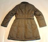 Женщины способа зимы конструкции Customed прокладывая куртку
