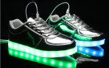 方法女の子の男の子(fFL 05)のための明るい充満蛍光性LEDの靴