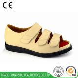 La salubrità di tolleranza calza i sandali diabetici beige delle donne (9812421-1)