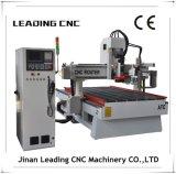 판매를 위한 기계를 새기는 CNC를 작동하는 선형 /Disc Atc 8 공구 나무