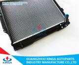Alto radiatore di raffreddamento dell'automobile di prestazione per Mitsubishi Pajero V31/V32 92-96 Mt