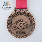 Il metallo su ordinazione di rame antico di marchio mette in mostra la medaglia della corsa di bicicletta per il commercio all'ingrosso
