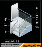 円形のポストが付いている携帯用階段ガラス手すりまたは緩和されたガラスの柵かバルコニーのガラス手すり