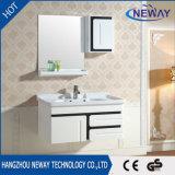 PVC montado en la pared impermeable simple de la cabina de cuarto de baño del maquillaje