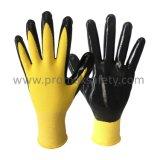 желтой безшовной перчатки работы нитрила черноты вкладыша 13G покрынные ладонью