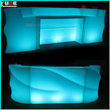 Modularer geleuchteter gebogener Empfang-Schreibtisch-Kostenzähler-im Freienstuhl