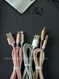 전화를 위한 C 케이블을 타자를 치는 USB 3.1 유형 C