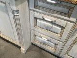 標準的なデザイン材木の木の食器棚