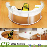 Самомоднейший подгонянный конструкции переднего счетчика офиса стол приема стеклянной стоящий