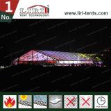 Grande barraca transparente para o concerto musical provisório