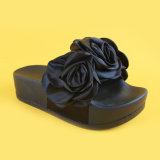 Тапочки Decoraton цветка ЕВА женщин черные единственные для повелительницы