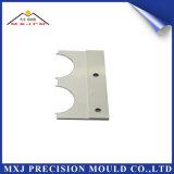 Pieza plástica del moldeado del moldeo por inyección del metal para el empalme eléctrico