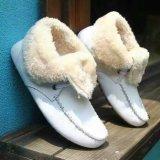 De nieuwe Vlakke Warme Laarzen van de Stijl met omhoog Kant (WX 10)
