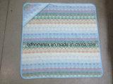Essuie-main 100% à capuchon de zigzag de coton pour le bébé