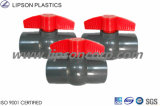 Robinets à tournant sphérique de PVC CPVC DIN JIS ASTM pour l'approvisionnement en eau
