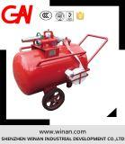 消火活動のための移動式泡タンクまたは泡のカートか泡の単位