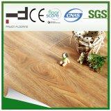 Plancher en bois stratifié en relief pour la maison
