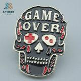 Halloween 동안 최고 인기 상품 합금 주물 사기질 두개골 승진 금속 기장