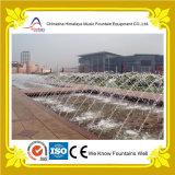 Fontane di acqua laminari della fontana del getto di figura dell'arco del bordo della strada