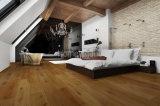 Suelo de madera dirigido capa multi del roble ambiental naturalmente y suelo de madera calentado