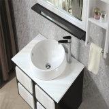 Cabinet de salle de bain en chêne blanc avec porte-bagages noir