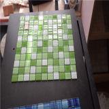 La stanza da bagno popolare progetta il mosaico di vetro verde, mattonelle di mosaico decorative