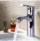 Taraud de mélangeur en laiton Paquet-Monté par trou simple simple classique de robinet de bassin de corps de traitement