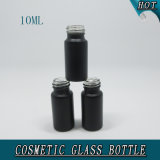bouteille en verre cosmétique de petite du cylindre 10ml huile essentielle de noir