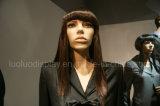 Mannequins femminili realistici per la visualizzazione dei vestiti