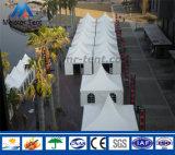 Weißes Belüftung-Pagode-Zelt mit Regen-Rinnen