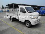貨物輸送のためのSinotruk Cdw 4X2の小型トラック
