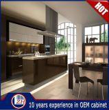Moderne hohe glatte Lacqure Flachgehäuse-hölzerne Küche-Schrank-Entwürfe mit Countertop-Stein
