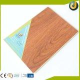 Prancha de madeira flexível do revestimento do PVC do olhar