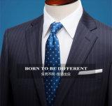 Kostuums van uitstekende kwaliteit van de Wol van de Mensen van de Stijl van de Manier de Naar maat gemaakte Slanke Geschikte Tweedelige