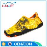 Chaussures adultes d'Aqua d'eau courante de plage de qualité