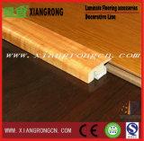 床のための積層のフロアーリングのアクセサリの使用