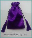 Unbelegter purpurroter Satin-Beutel mit Troddel-purpurrotem Satindrawstring-Beutel