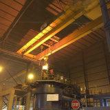 電気起重機が付いている二重ガードの天井クレーンを投げる製鉄所の使用