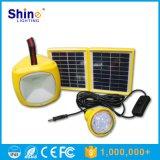 태양 에너지 은행과 USB를 가진 재충전용 태양 램프 손전등