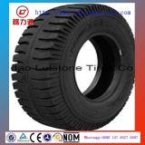 すべては軽トラックTyre/OTRのタイヤの最上質の産業タイヤ12.00-20を模造する