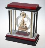鐘の木表の鳴るクロックが付いているギャラクシークロック