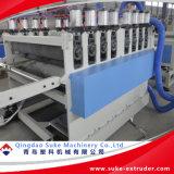 Extrusion en plastique en bois de panneau de WPC faisant Machine-Qingdao Suke