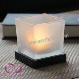 現代真珠の木ベースが付いているガラス蝋燭ホールダーの蝋燭のコップ